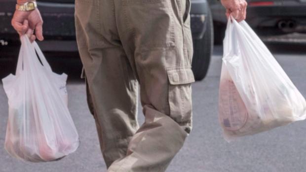 plastic-bag-ban-20160831